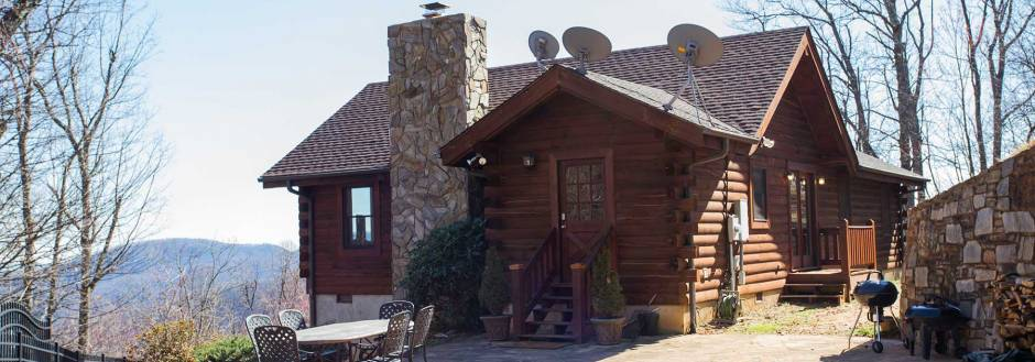 Dancing Bears Cabin in Gateway Mountain