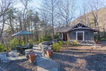 Wonderfully Romantic Asheville Area Rental